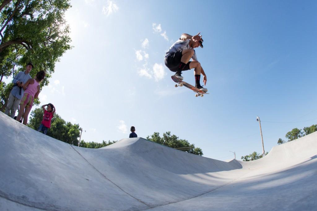 josh_matthews_pine_ridge_skatepark_01